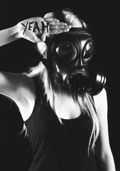 gas mask post apoc. YEAH