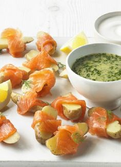 Low FODMAP & Gluten free Recipe - Smoked salmon with potatoes (update) http://www.ibssano.com/low_fodmap_recipe_smoked_salmon_potatoes.html