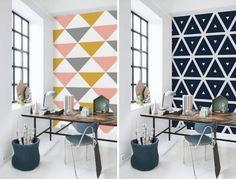 adesivo de parede triangulo no escritorio