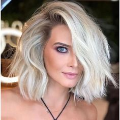 How To Curl Short Hair, Short Curly Hair, Curly Hair Styles, Blonde Wig, Short Blonde, White Blonde Bob, Cheap Lace Front Wigs, Cartoon Hair, Short Bob Hairstyles