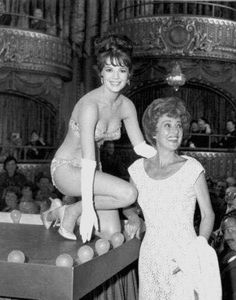 Natalie with the real Gypsy Rose Lee #blackandwhite