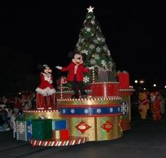 Tips for your trip to Disney World in December - Crowd warnings, special events, ride closures and refurbishments