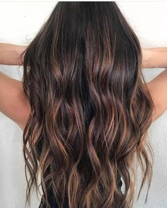 5 Stunning Hair Trends That Will Transform Old Highlights Into Wintry Perfection