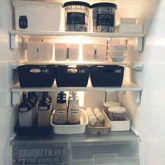 yo-koさんの、整理整頓,100均,セリア,ダイソー,賃貸でも楽しく♪,ストッカー,見せる収納,モノトーン化,冷蔵庫,キッチン,のお部屋写真