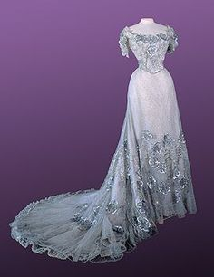 Dress worn by Tsarina Alexandra Feodorovna of Russia