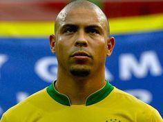 Una edición especial del FIFA con Ronaldo Nazario