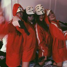 Katja, Valentina, Malena y Ana Jara 💞 💞 Cute Group Halloween Costumes, Halloween Cosplay, Cute Halloween, Halloween Outfits, Halloween Inspo, Cute Costumes, Maquillage Halloween, Halloween Disfraces, Carnival Costumes