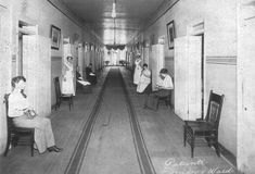 Bryce Hospital, Tuscaloosa, AL - open since Vintage photo of a female ward. In this linear plan, patients would spend their time in hallways and day rooms, as bedrooms were strictly for sleeping. Historical Landmarks, Historical Images, Abandoned Asylums, Abandoned Places, Old Hospital, Hospital Photos, Tuscaloosa Alabama, Discount Bedroom Furniture, Day Room