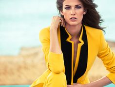 The Miami vibe inspired the new ESCADA campaign for Spring/Summer 2013. Rich in the vibrant hues and elegant ease of the Miami lifestyle, the photography is fused and infused with 'eighties appeal. Claudia Knoepfel and Stefan Indlekofer showcased Kendra Spears as the new face of ESCADA. Colorful wall elements in pink, red and turquoise create the graphic framework in summery seaside scenes. The campaign looks reflect a clean, radiant palette presenting sunflower yellow, turquoise and grass…