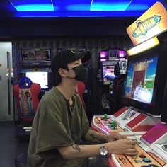 "this something I literally would do right this very second in the middle of night ""want to go to an arcade"" sure lets go"