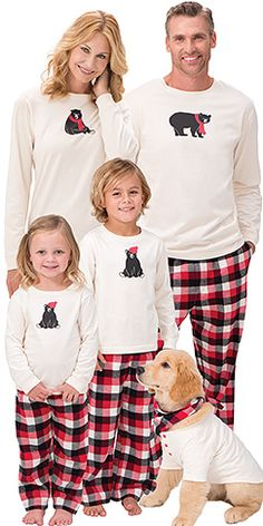 Pajamas for the Whole Family- pajamagram!  Every year we do new pajamas for Christmas morning. This year I might just up the anti ;)