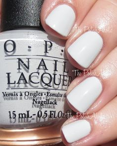 I Cannoli Wear OPI is a very light grey creme