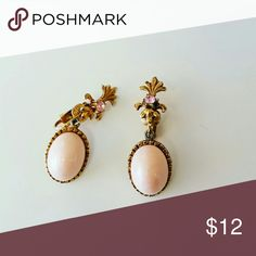 Blush pink clip-on gold tone dangling earrings Blush pink clip-on gold tone dangling earrings  Light weight  Length 1.5 inch No trades  Bundle and save ! Vintage  Jewelry Earrings