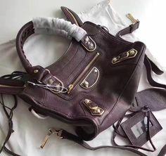 Balenciaga Clasic Gold Metallic Edge Goatskin City Bag 28cm Burgundy Designer Purses, Balenciaga City Bag, Bag Sale, Burgundy, Metallic, Shoulder Bag, Classic, Gold, Bags