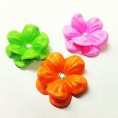 Flores de goma eva colores Neon..