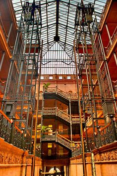 bradbury building, los angeles, ca