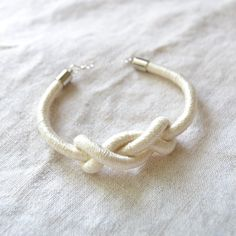 Simple DIY: Knotted Rope Bracelet
