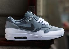 De nieuwe Nike Air Max 1 Cool Grey Wolf Grey #sneakers #nike #airmax #fashion