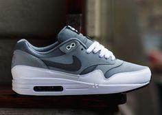 De nieuwe Nike Air Max 1 Cool Grey Wolf Grey #sneakers #nike #airmax #fashion