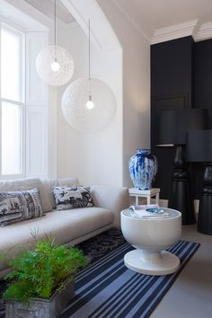 Unexpected Welcome collection at Moooi showroom London with products by Marcel Wanders and Studio Job installed for London Design Festival Mawa Design, Küchen Design, House Design, White Pendant Light, Furniture Showroom, Modern Interior Design, Lamp Light, Light Led, Led Lamp