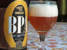 Cerveja Ommegang BPA, estilo Belgian Pale Ale, produzida por Ommegang Brewery, Estados Unidos. 6.2% ABV de álcool.
