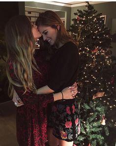 Chiara And Valentina Ferragni #sisters #christmas
