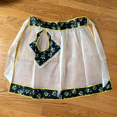 Vintage sheer #hostessapron with #yellowrosebud polished cotton trim. Looks like it was never used. New in Etsy! 🖤💛 1960s Kitchen, Black Polish, Asian Style, Rose Buds, Business Casual, Pebbled Leather, Boho Shorts, Apron, Floral Prints