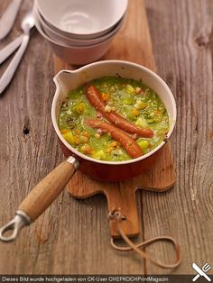 Erbseneintopf Pea stew, a nice recipe from the cooking category. Ratings: Average: Ø Related posts: Simple & Healthy Split Pea Soup Thai Green Curry Pea Soup creamy and vegan pea soup Creamy Tomato Basil Soup Casserole Recipes, Soup Recipes, Great Recipes, Vegetarian Recipes, Chicken Recipes, Cooking Recipes, Healthy Recipes, Chef Recipes, Yummy Food