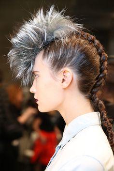 The hair! That is all.... #Fendi #MilanFashionWeek #MFW