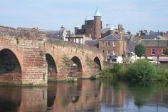 Devorguilla Bridge, Dumfries This is one of Scotlands oldest and most picturesque bridges, certainly the most crossing the River Nith anyway