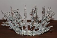 The Chic Country Girl: DIY Halloween Elsa Inspired Snow Queen Crown