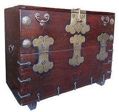 korean antique bandaji blanket storage chest amazoncom oriental furniture korean antique style liquor