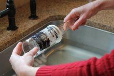 Curta como criar copos estilizados para a sua casa a partir de garrafinhas!
