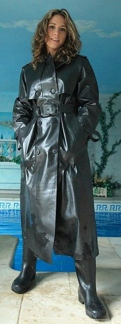 Black Raincoat, Pvc Raincoat, Rubber Raincoats, Wellies Boots, Black Angels, Rain Gear, Weather Wear, Latex Fashion, Black Rubber