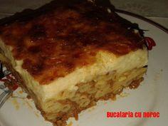 Pastitio grecesc - Bucataria cu noroc Lasagna, Ethnic Recipes, Food, Sweets, Essen, Meals, Yemek, Lasagne, Eten