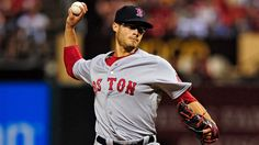 Joe Kelly had a little fun in his return to Busch Stadium as a member of the Red Sox.