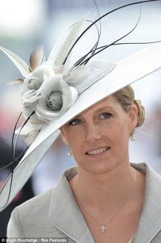 Royal Ascot Favourite client: Prince Edward's wife, the Countess of Wessex, is elegant in a Jane Taylor hat at the Derby in 2012 Fascinator Hats, Fascinators, Headpieces, Lady Louise Windsor, Ascot Hats, Elisabeth Ii, Fancy Hats, Kentucky Derby Hats, Wearing A Hat