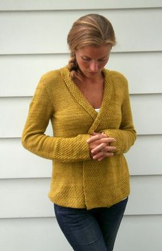 Easy to wear cardigan in Malabrigo Yarn Silky Merino >> Ravelry: Olive Basket pattern by Amy Miller