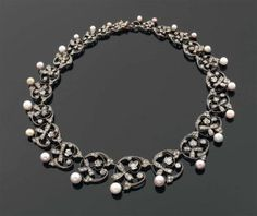 Necklace, 1860s, diameter of the pearl center: 7.8 mm, length: 39.5 cm