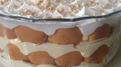 Less than ten ingredients, including condensed milk, whipped topping, and vanilla wafers, are combined in this quick and easy banana pudding.