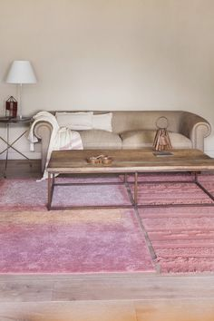 Tapete Água e Tapete Ar Canyon Rose Lorena Canals Teppich, Lorena Canals Rugs, Rose Decor, Interior Decorating, Interior Design, Home Comforts, Eco Friendly House, Washable Rugs, New Home Designs