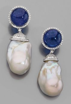 Pair of earrings in 18k white gold, cabochon tanzanite surrounded by diamonds, holding a pearl of Baroque culture wearing a set pattern of round and baguette diamonds. Estimate : 3000 / € 4000 || Auction House Monte Carlo. Sunday, December 15, 2013