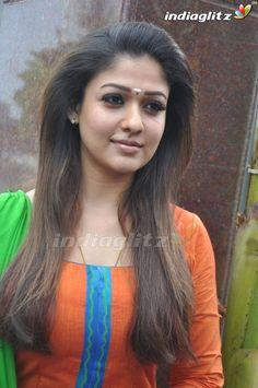 Nayanthara Bollywood Cinema, Bollywood Photos, Bollywood Actress, Nayanthara Hairstyle, Salwar Suits Party Wear, Bollywood Movie Reviews, Grace Beauty, Tamil Actress Photos, Tamil Movies
