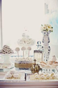 #Romantic wedding Buffet dulce en blanco : cakepops..cookies...