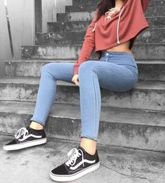 How to wear cute outfits summer outfits school outfits for teens what to wear ripped jeans outfits with tank top Tumblr Outfits, Mode Outfits, Fall Outfits, Casual Outfits, Holiday Outfits, School Outfits, Teen Fashion, Fashion Outfits, Womens Fashion