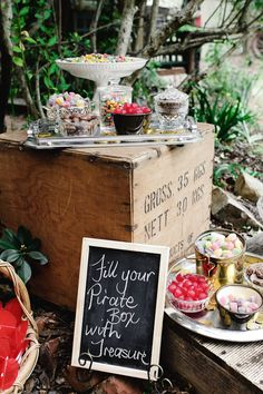 Boys Pirate Party. The Treasure Chest Lolly Bar.