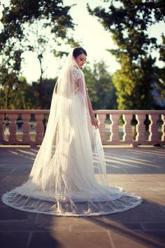 piękny welon w pięknym ujęciu :)  www.soft-light.pl