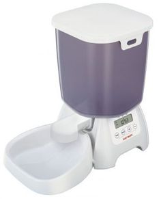 The Cat Mate feeder is designed to ensure your pet's recommended dry food allowance minimising the health risks and costs of overfeeding. The dry food feeder features an easy to use LCD . Food Feeder, Pet Feeder, Self Cleaning Litter Box, Automatic Cat Feeder, Cat Feeding, Pet Mat, Buy A Cat, Cat Supplies, Cat Food