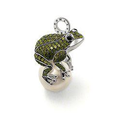 Thomas Sabo Zirconia Pearl Frog Pendant.  For my sister.
