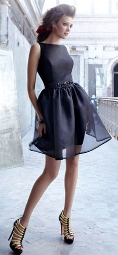Love the heavy shoes with the delicate dress!